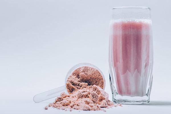 Çilek Aromalı Protein Takviyesi